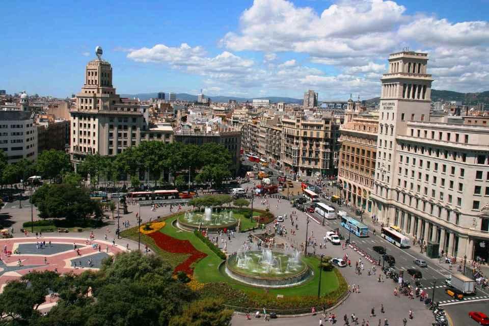 1 Plaza de Cataluña Barcelona.jpg
